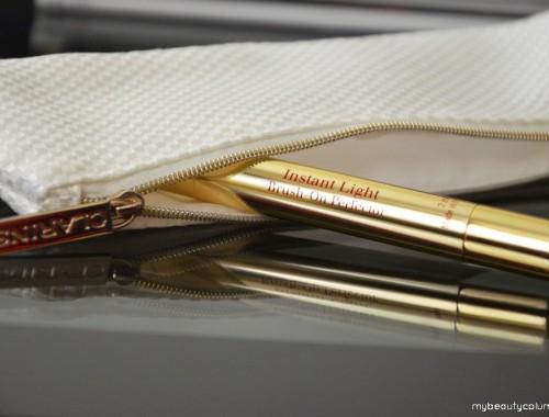 Clarins Instant Light Brush On Perfector korektor u olovci