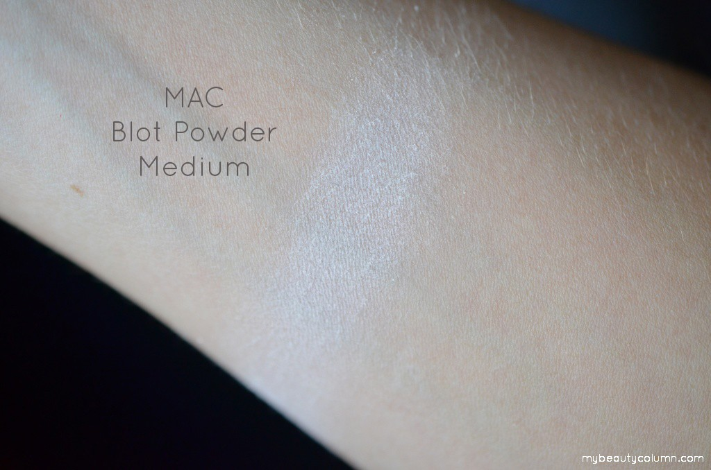 mac powder swatch